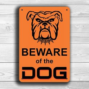 Classic style Beware the dog sign